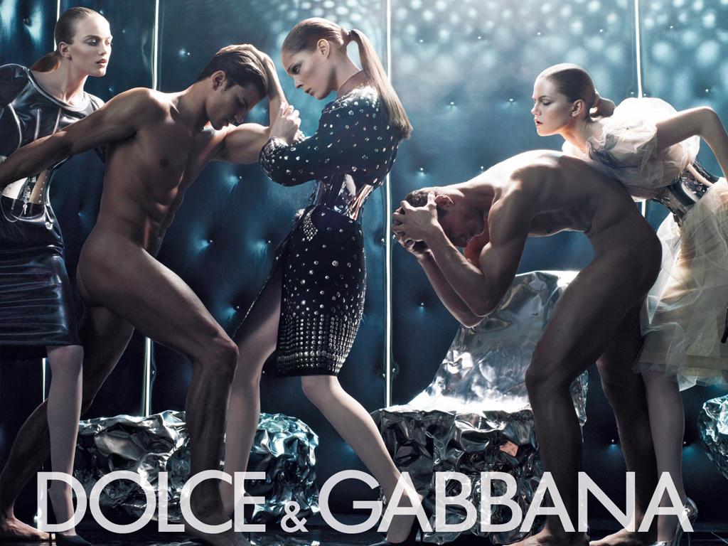Dolce & Gabbana Winter 2007 4  Fashion Wallpaper.jpg