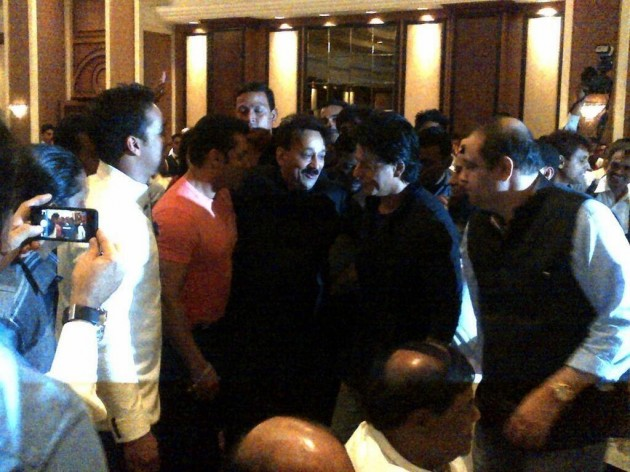 SRK-Salman at the Iftar party (courtesy Indicine)
