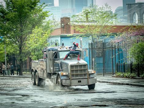 new-amazing-spider-man-2-banner-reveals-villains-150076-a-1386154632-470-75.jpg