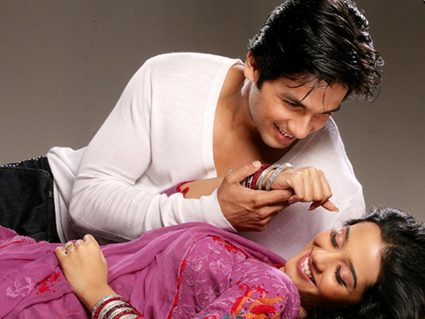 Amrita Rao ( Ishq Vishk, Shikhar, Vivah )   Shahid and Amrita as a couple don't really set the screen on fire, but its the stuff that cute puppy dog romances are made of. Of their three films  Vivah  proved to be the biggest hit, but being a Rajshri production we didn't really see them sizzle on screen, it was all very coy and PG13. Still, it's a cute couple and that's why they're featured on this list. It's unlikely that we'll set to see this couple on screen again anytime soon though.