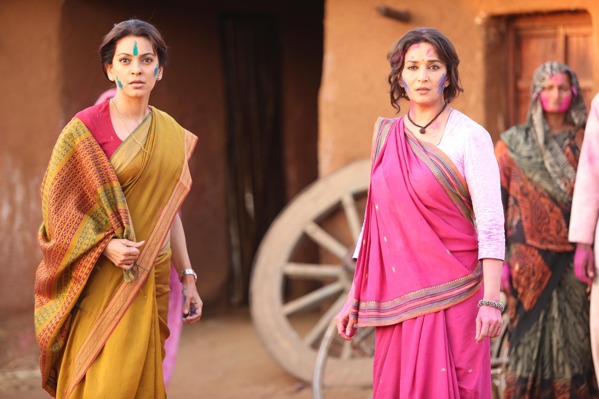 Madhuri Dixit and Juhi Chawla in Gulab Gang (2).jpg
