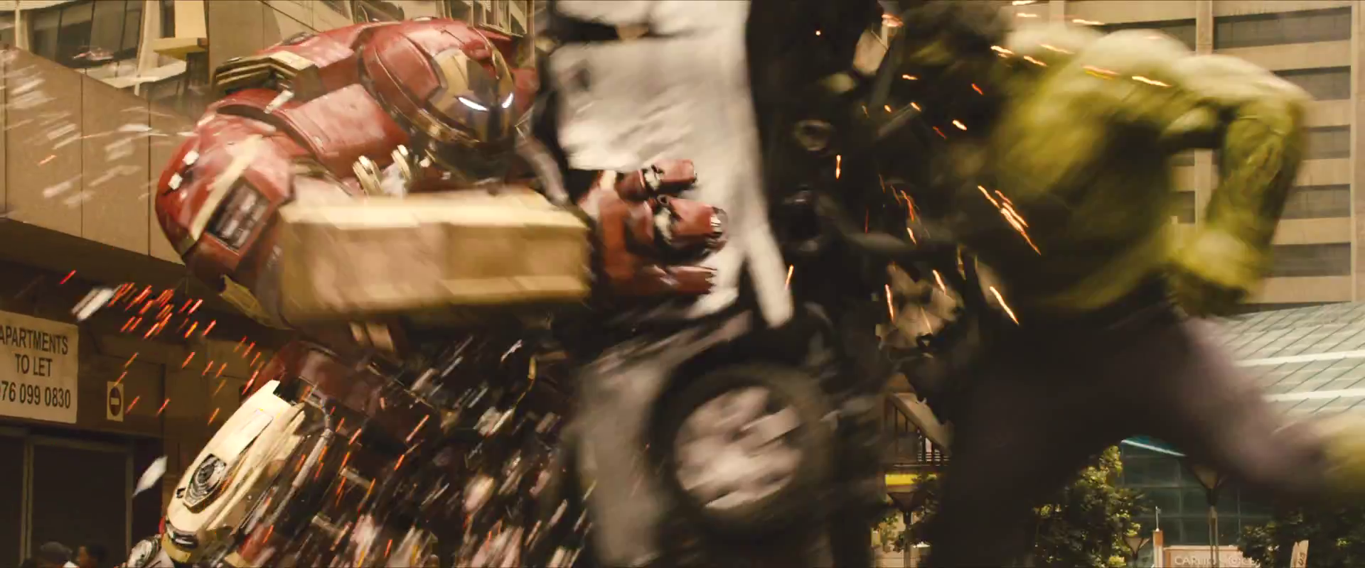 avengers-age-of-ultron-trailer-screengrab-27-hulk-hulkbuster.png
