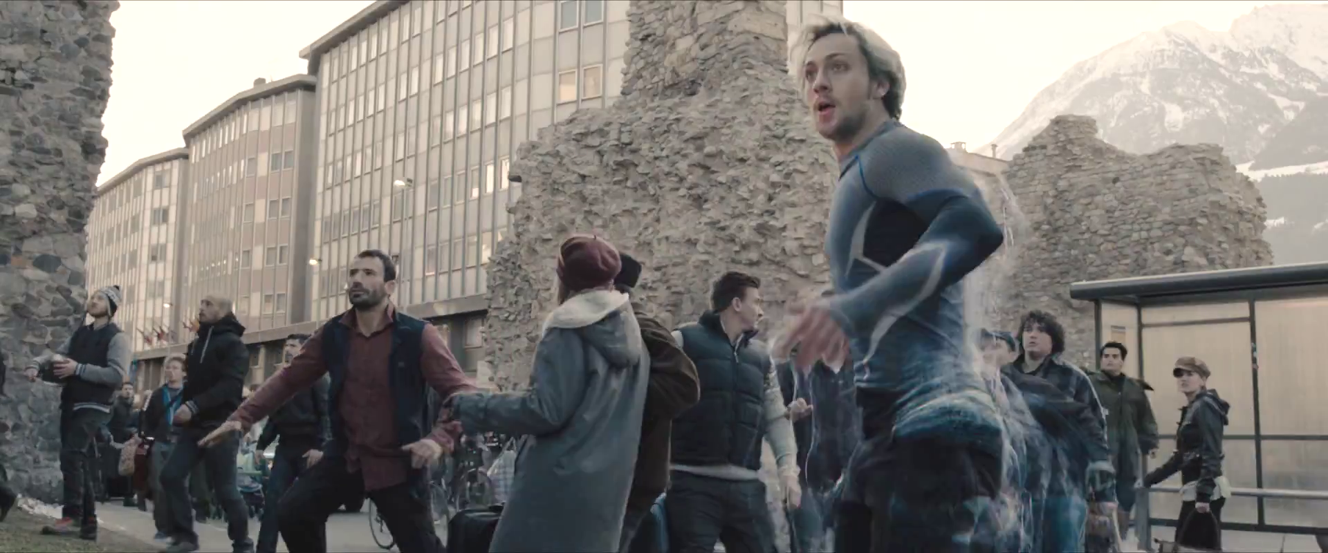 avengers-age-of-ultron-trailer-screengrab-29-aaron-taylor-johnson.png