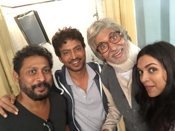 Shoojit Sircar, Amitabh Bachchan, Irrfan Khan and Deepika Padukone having a blast on the sets of  Piku