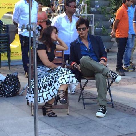 SRK-Kajol on the sets of  Dilwale