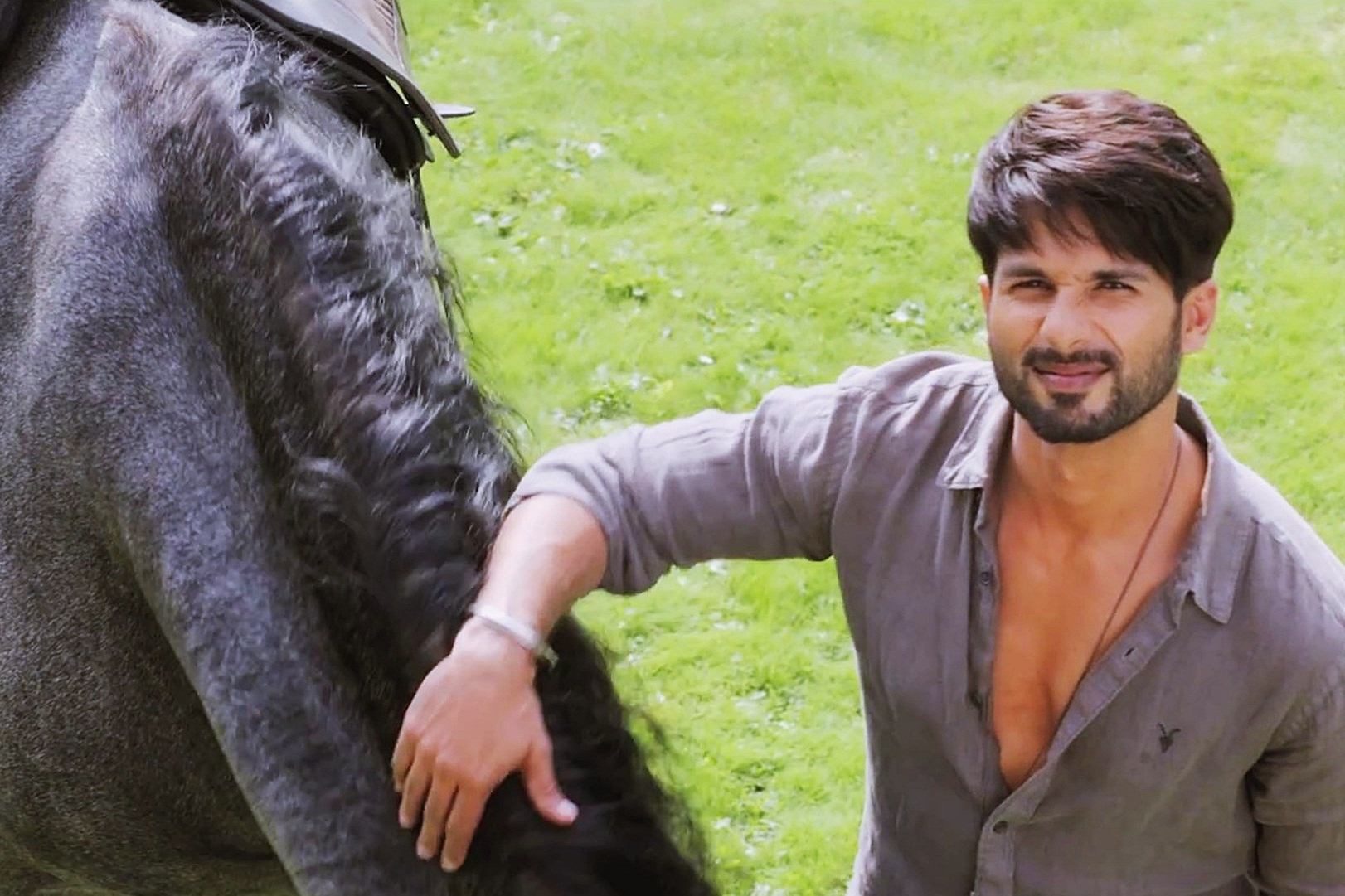 Shahid horsing around in  Shaandaar