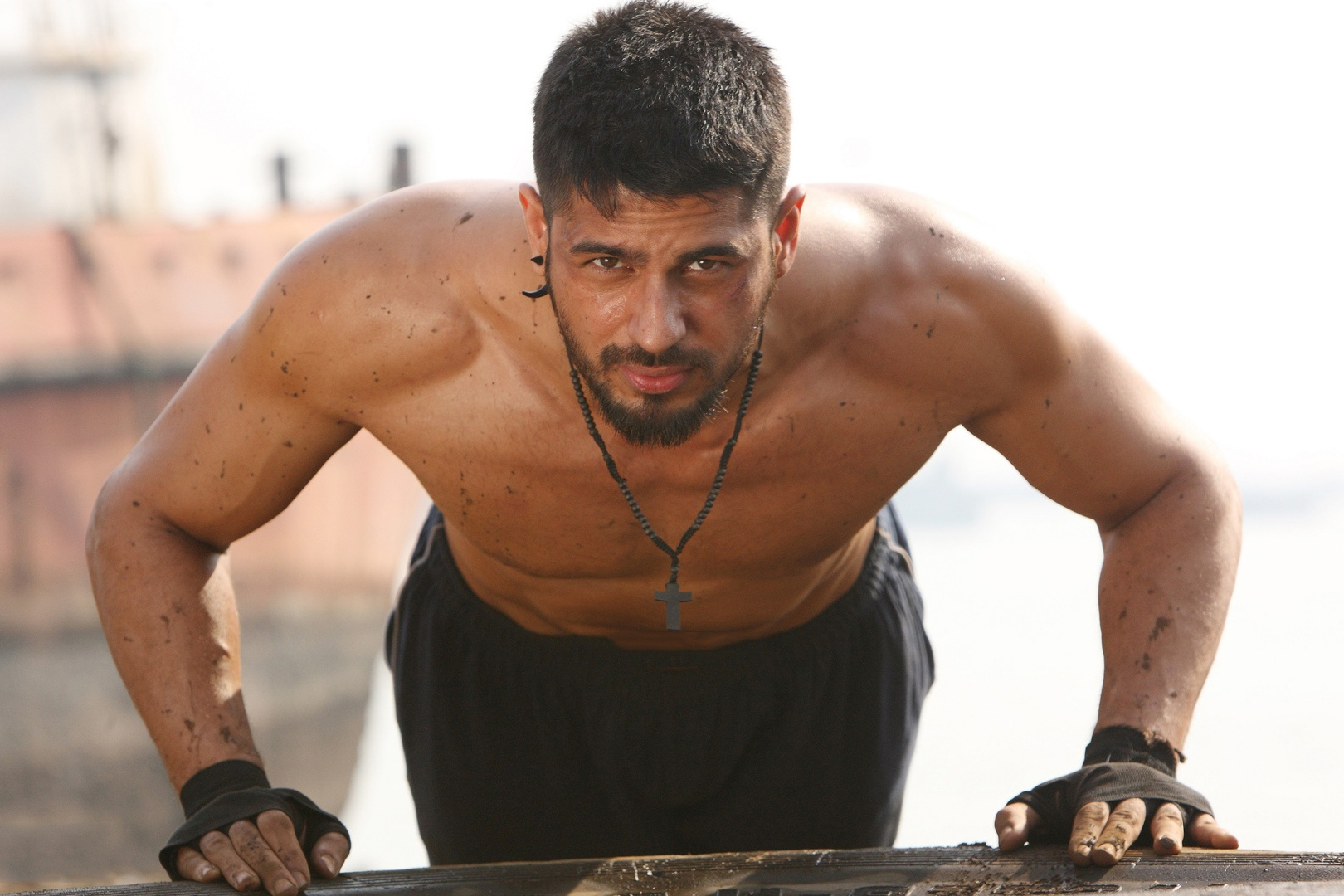 Sidharth gets rough and tough in  Brothers