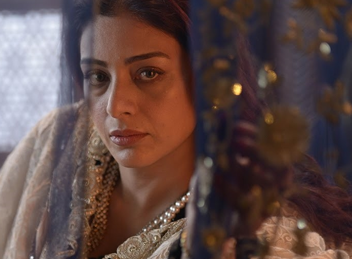 Tabu – all set to chew up the scenery in  Fitoor