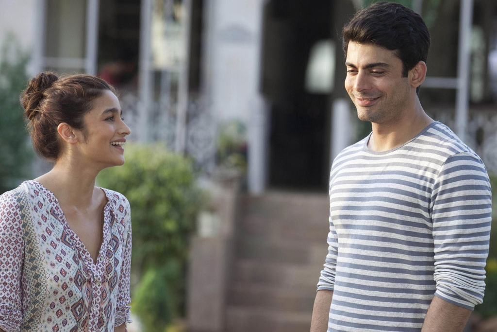 Alia-Fawad share a joke in  Kapoor & Sons