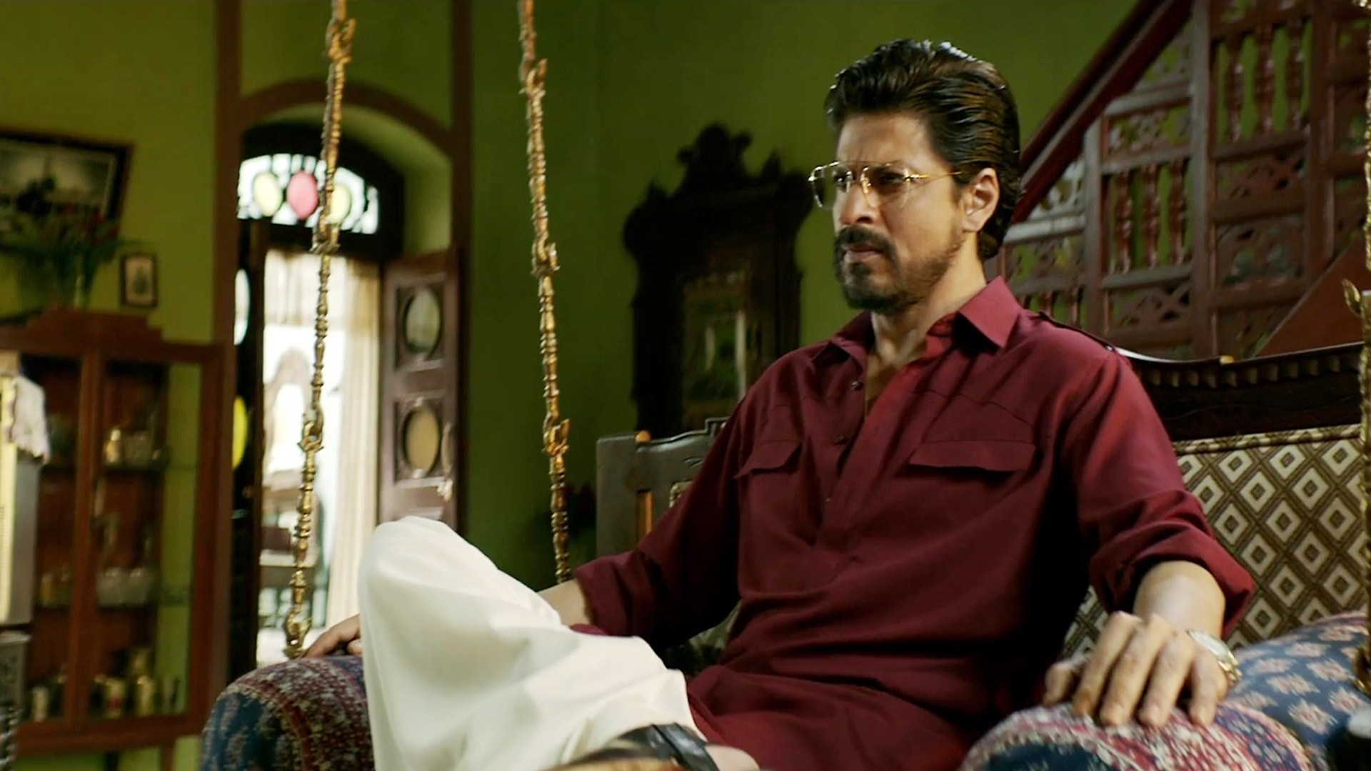 SRK salvaged his year with  Raees