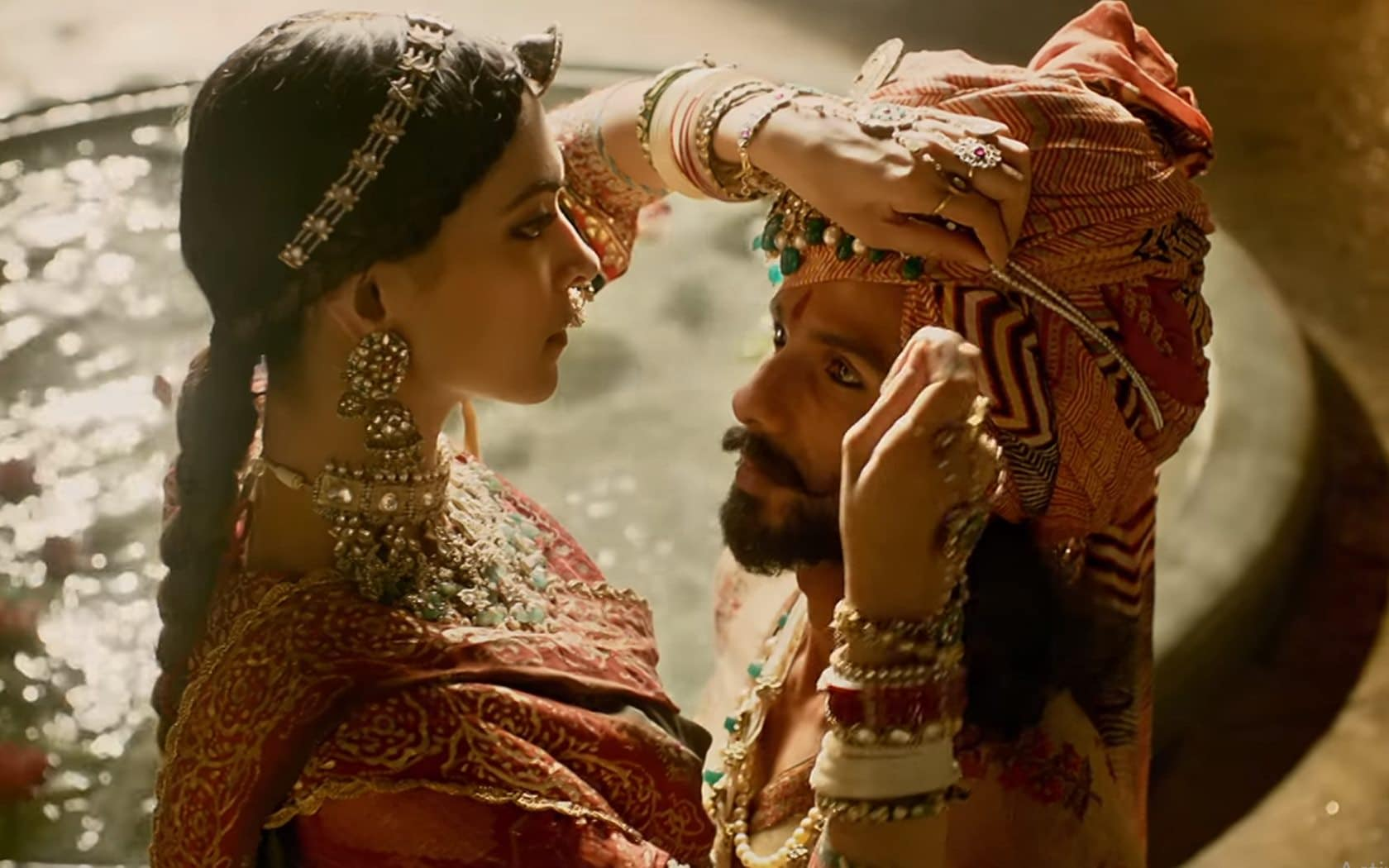 Shahid and Deepika have a great chemistry but the film falters in fleshing out their romance fully