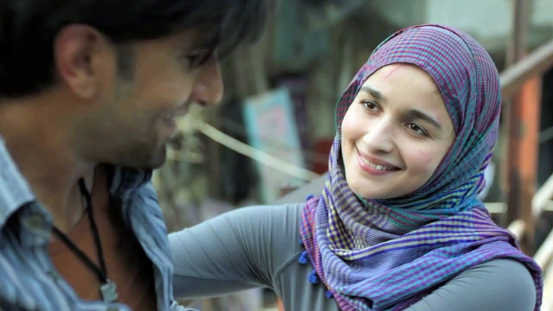 Alia Bhatt is fiesty, fierce and fabulous in  Gully Boy