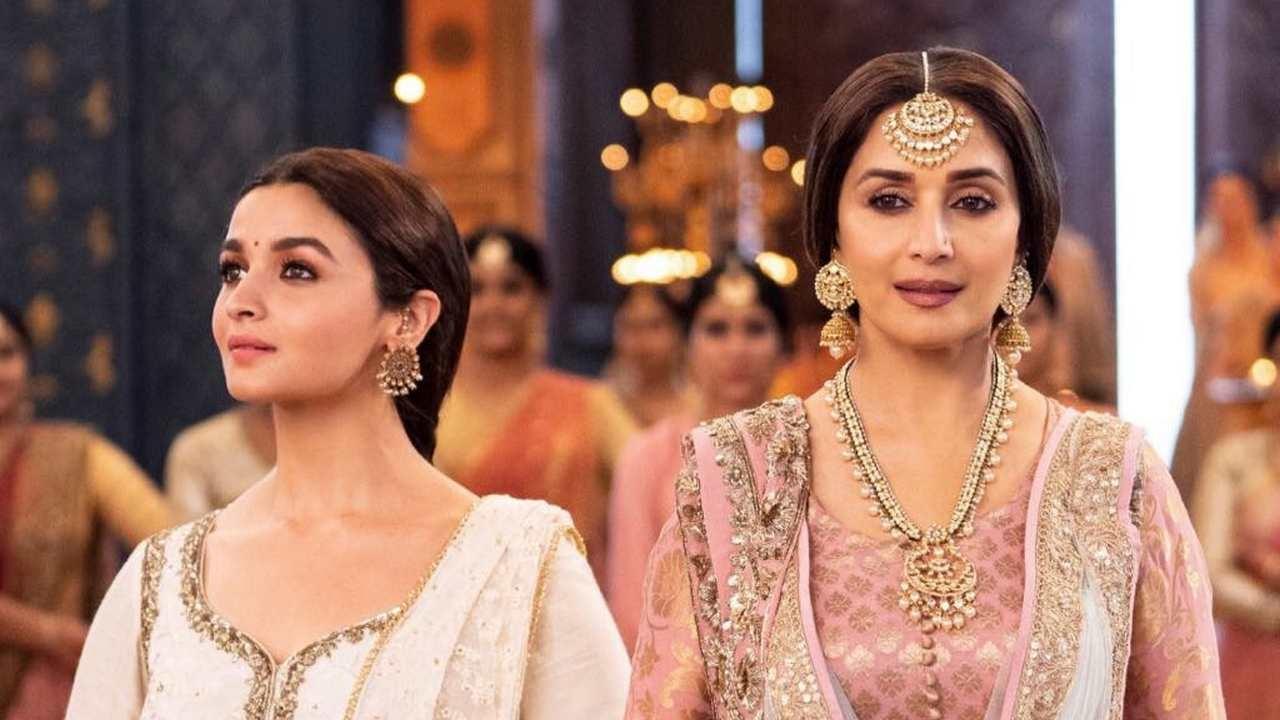 Alia Bhatt and Madhuri Dixit in  Kalank