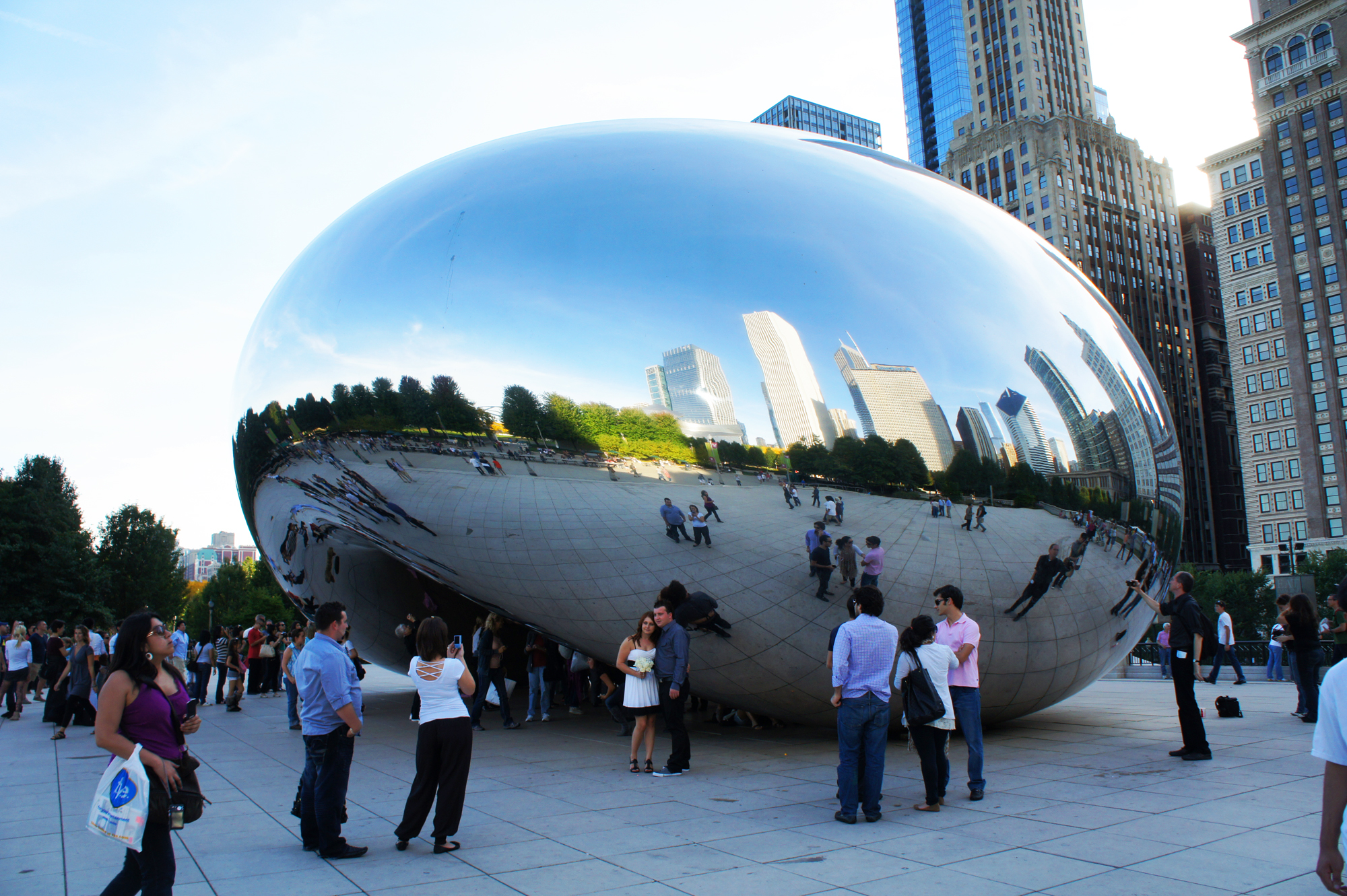 Cloud Gate, Millennium Park. Image courtesy of Laura Schmahmann.