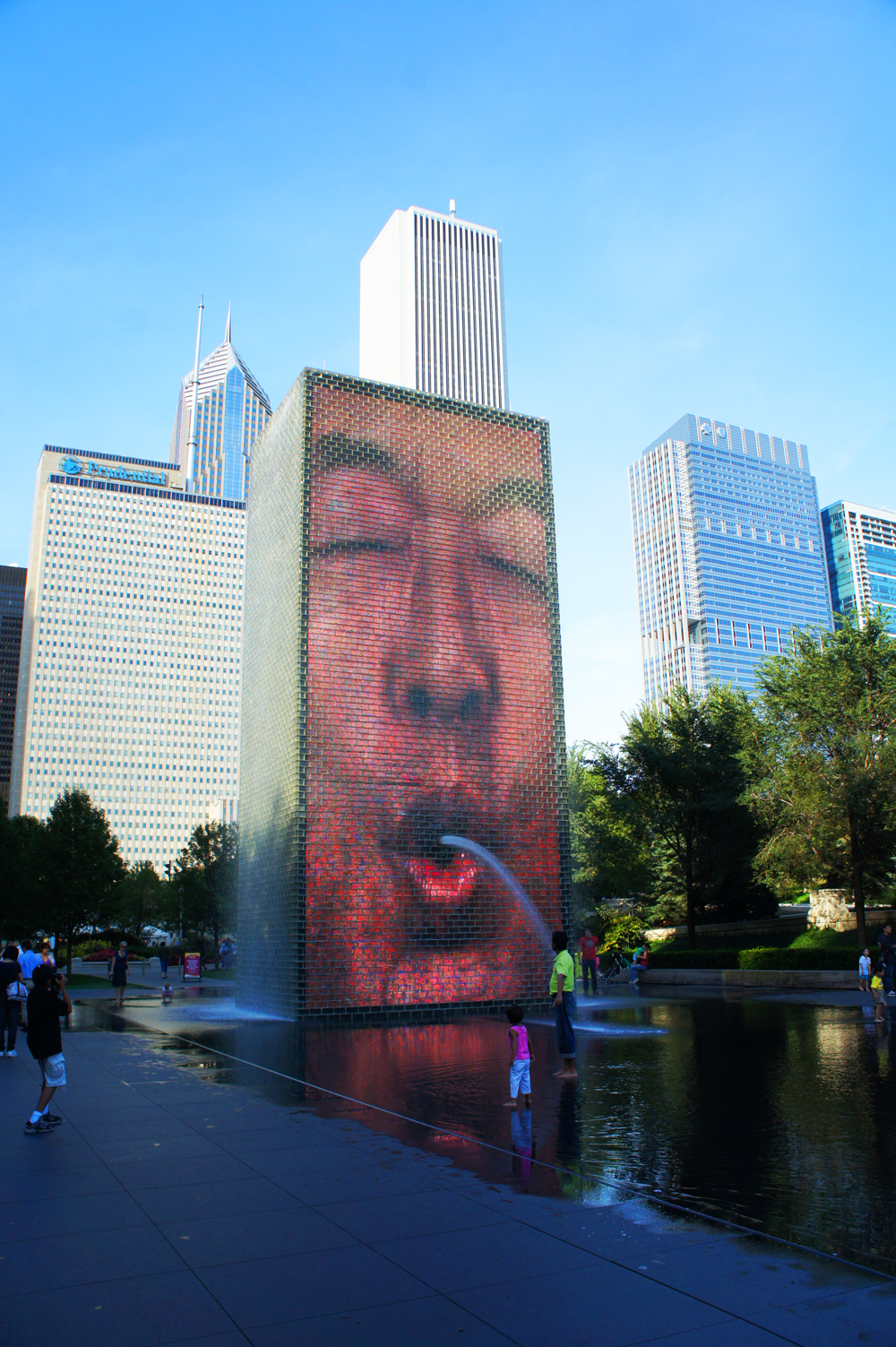 Crown Fountain, Millennium Park. Image courtesy of Laura Schmahmann.