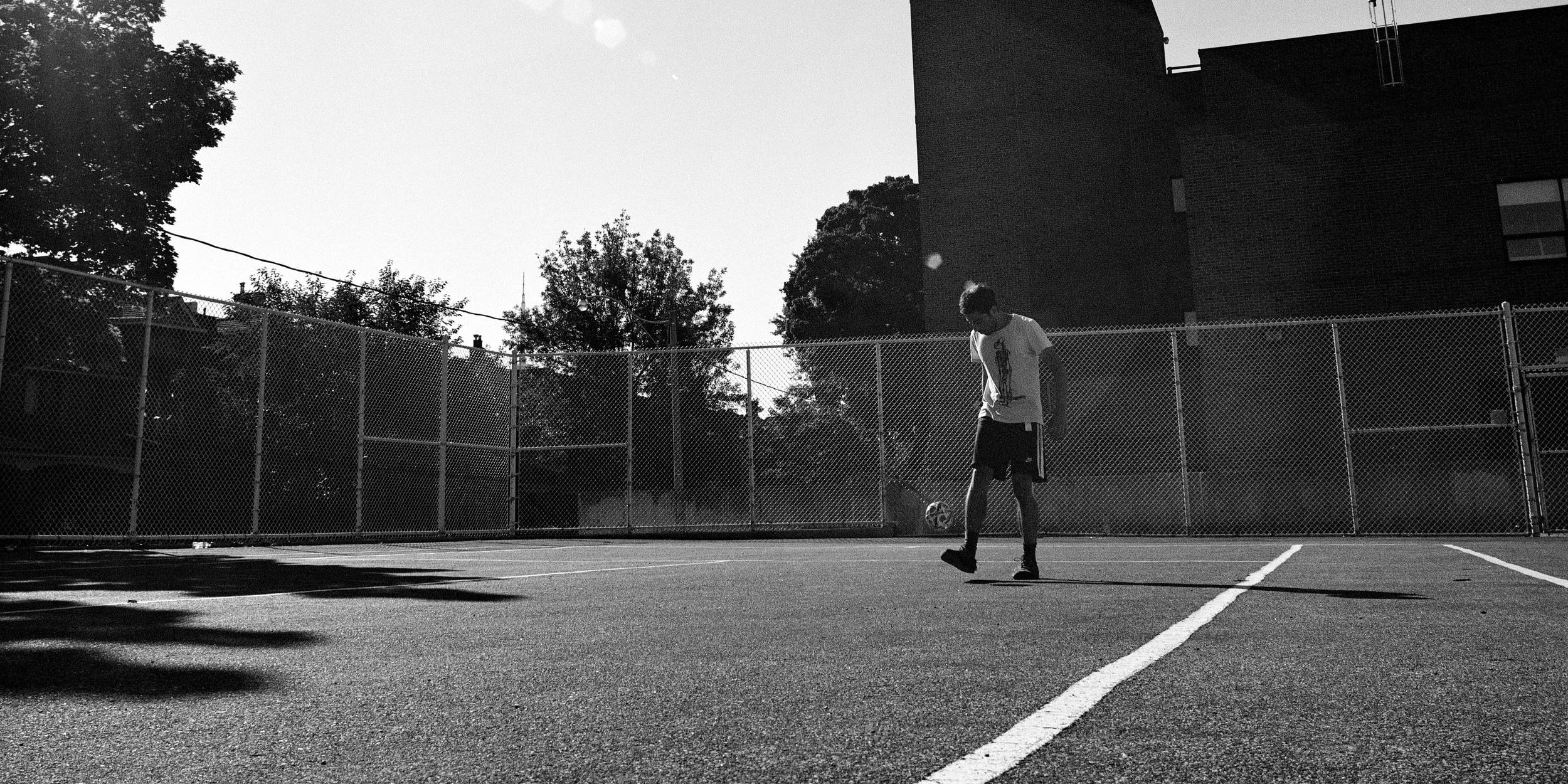 chinlone-toronto-lauren-ashmore-tennis-court-photography-film-120-kodak