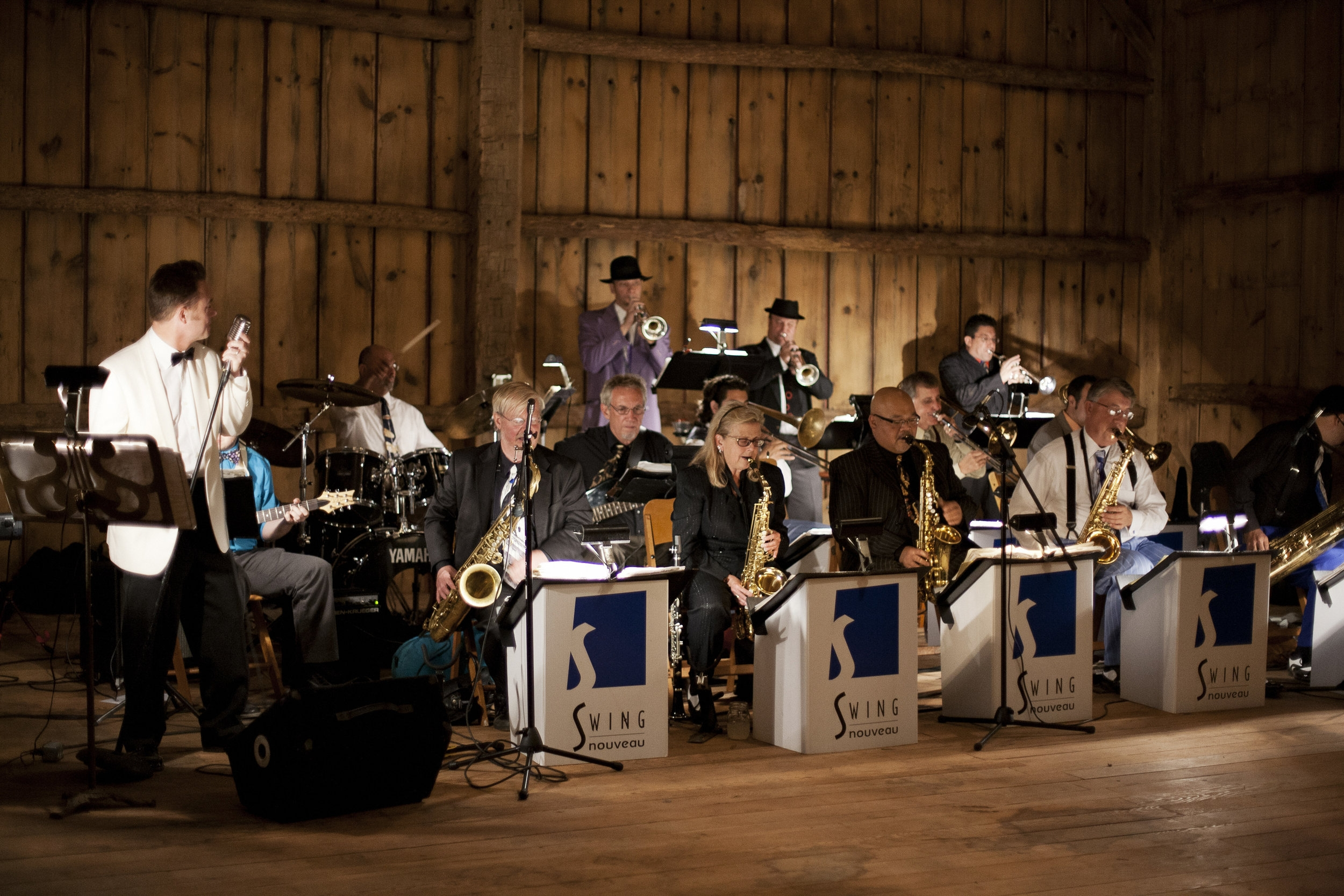 The barn is large enough to accommodate your guests and favorite band or DJ.  Image by  Ellagraph Studios