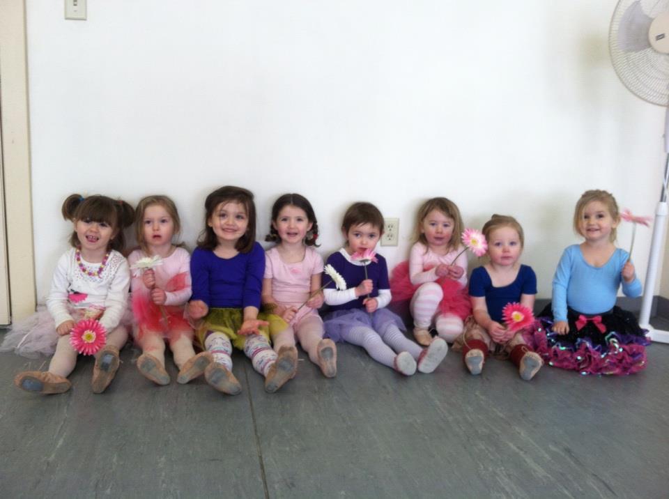 Ms. Dana's preschool ballet - photo thanks to Amy Hill.