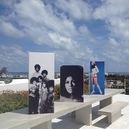 Iconic images of the 70's on columns