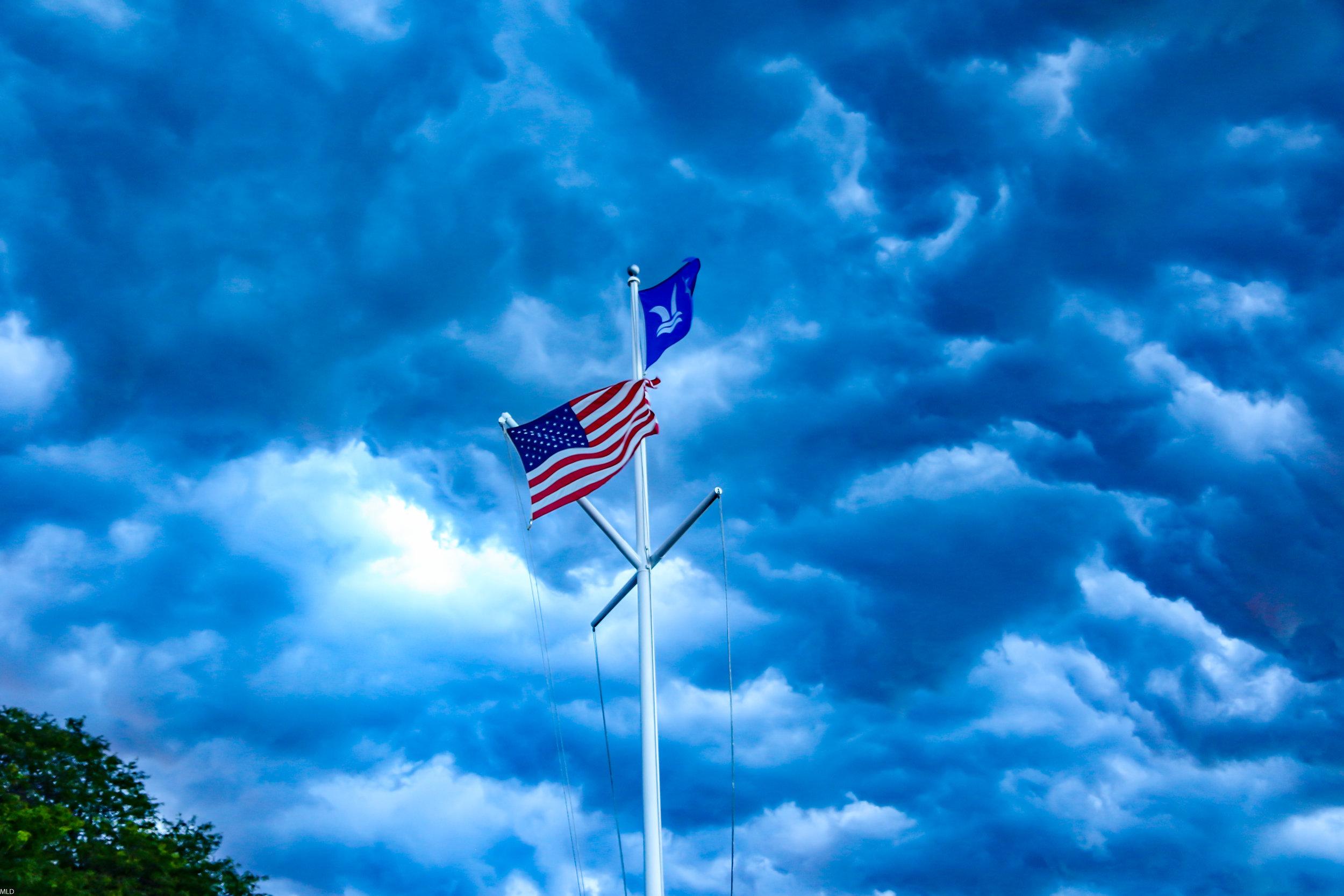 flagsunset.jpg