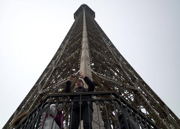 Paris07A.JPG