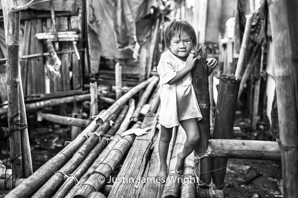 Aria   Resilience - The Isla Pulo Community, Philippines.  July 2013. Canon EOS Mk III, EF 35 mm, F 2.0, 1/250 sec.
