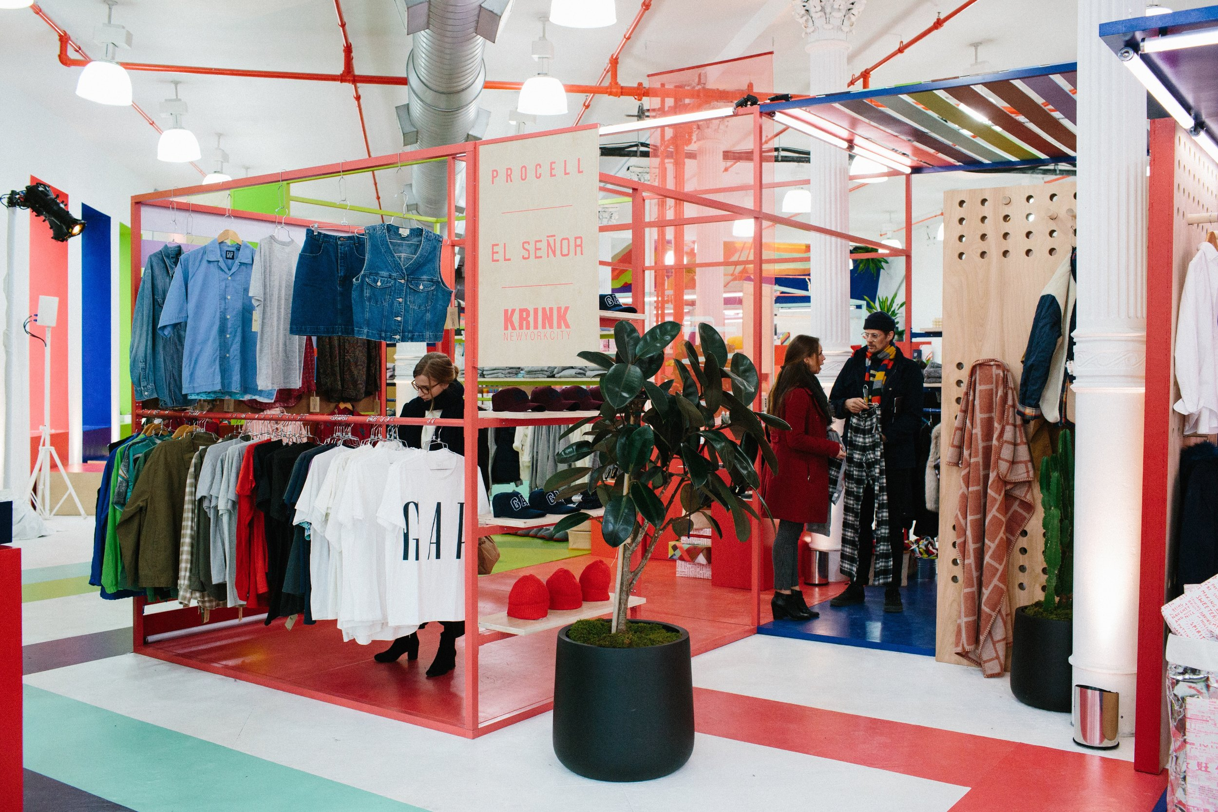 Gap, Retail, Holiday, Market, Vendors, Pop up, Event, Activation, Soho, New York, Invisible North, Strategy, Design, Production, Trend, Independent retailers, brand, experience, experiential, Agency, gift shop, boutique