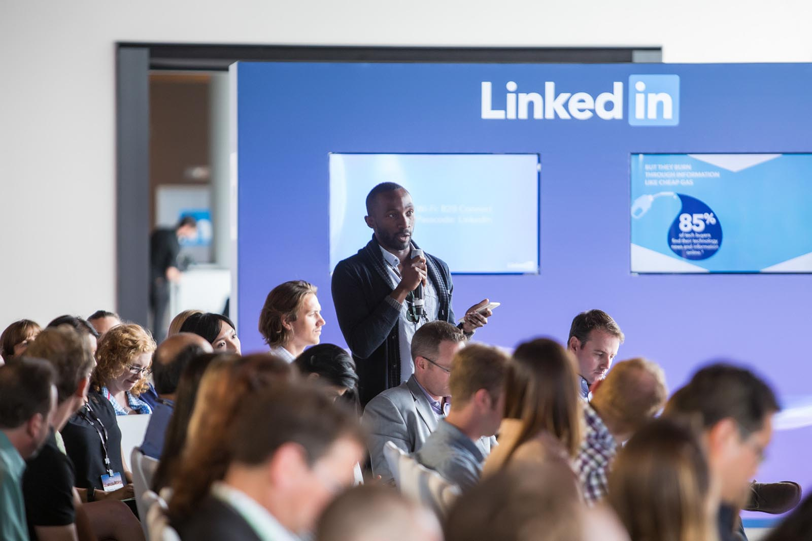 LinkedIn, B2B, Social Network, Business, Invisible North, Creative, Strategy, Design, Production, Event, Talk, Conversation, Interaction, Professional, Events, Brand, Experience, Experiential, Media, Tour