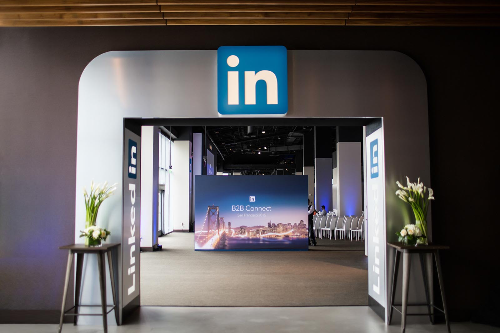 LinkedIn B2B Connect Tour Entry Moment