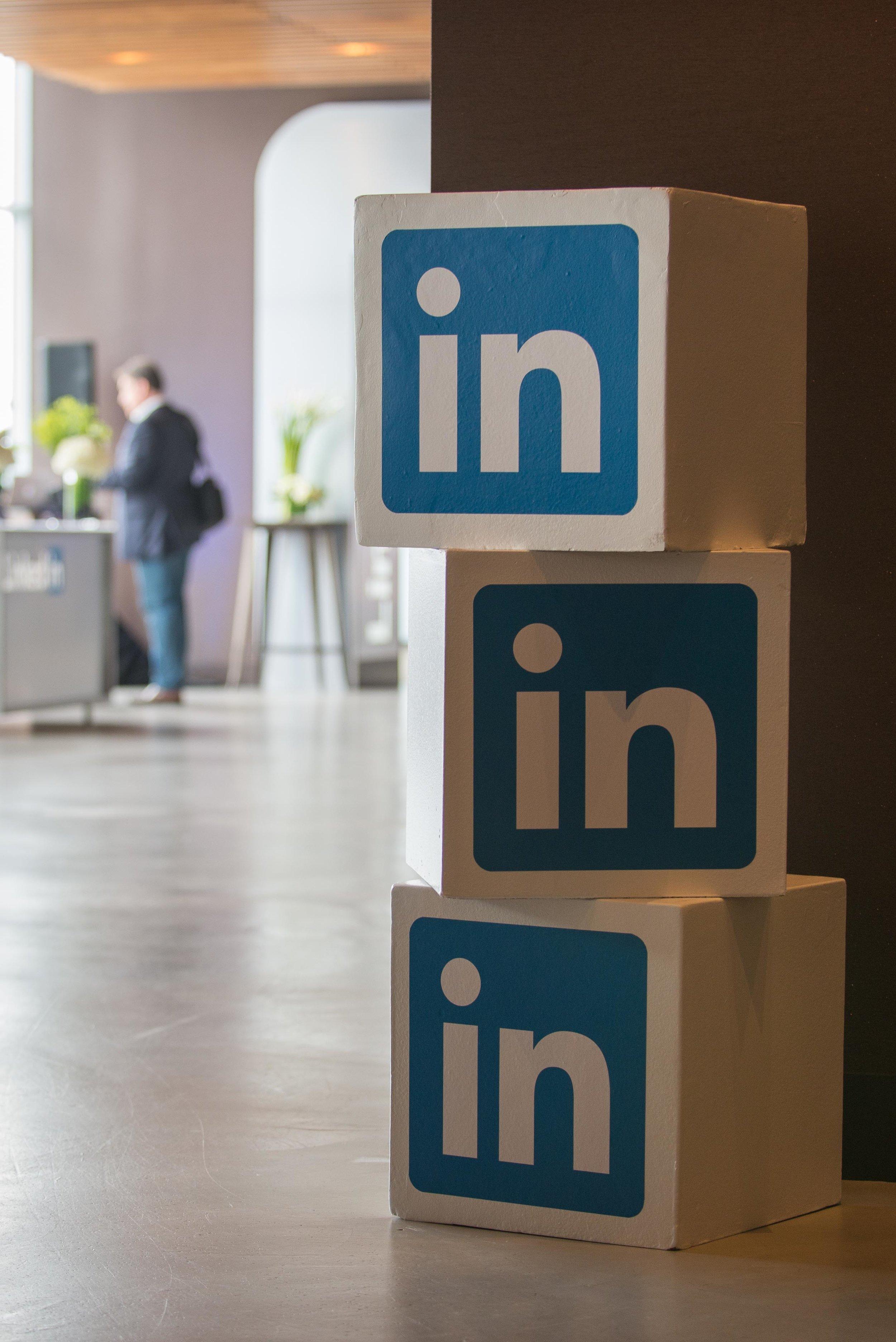 LinkedIn B2B Connect Tour Scenic Element
