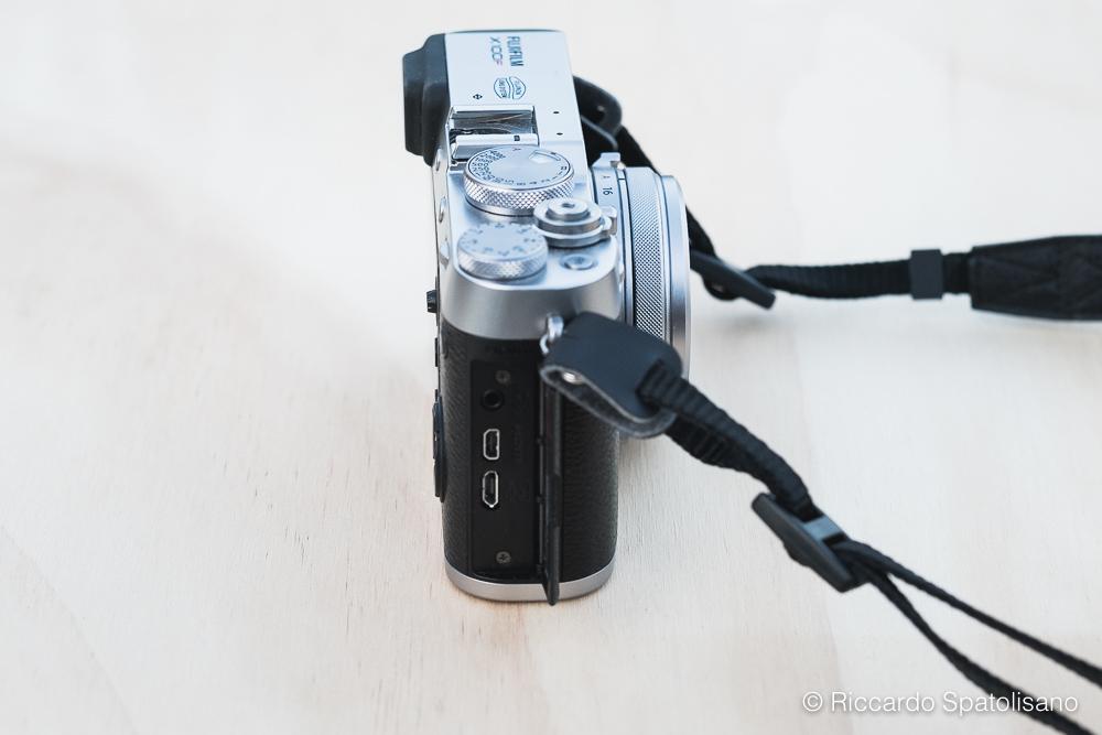 X100F Review_Spatolisano Riccardo_2017 - Dettaglio lato destro fotocamera