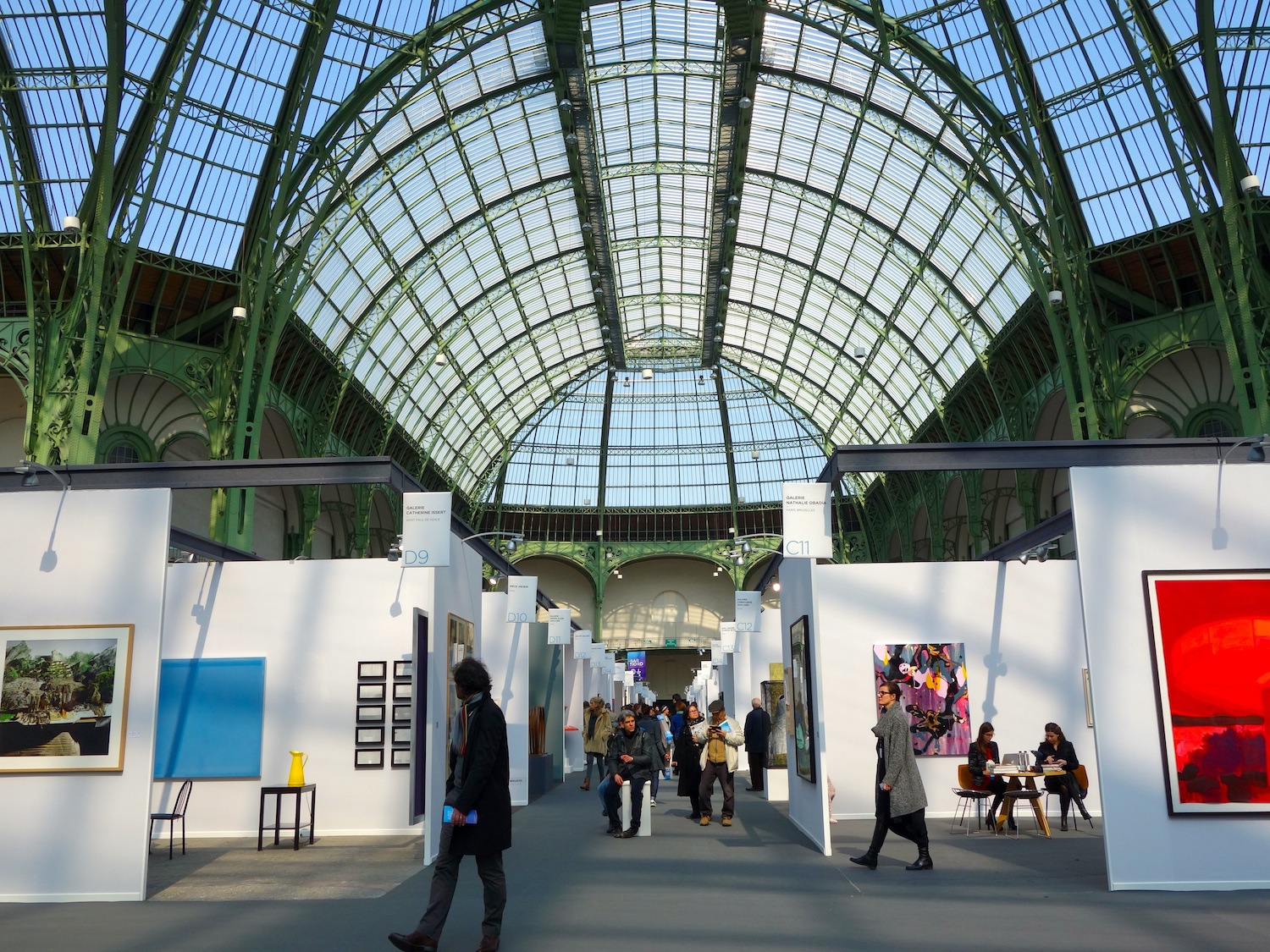 Art fairs offer a wide range of choices, hence their increasing popularity.