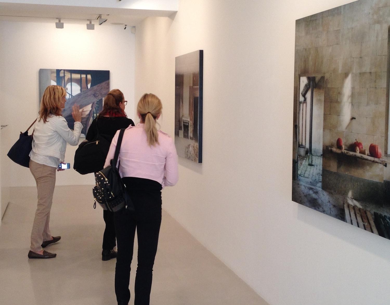 Take a Paris gallery tour