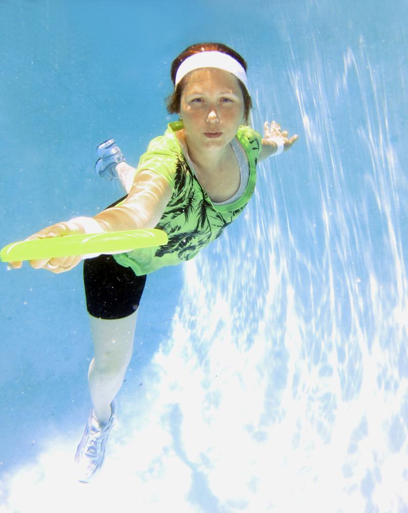 Underwater Ultimate Frisbee