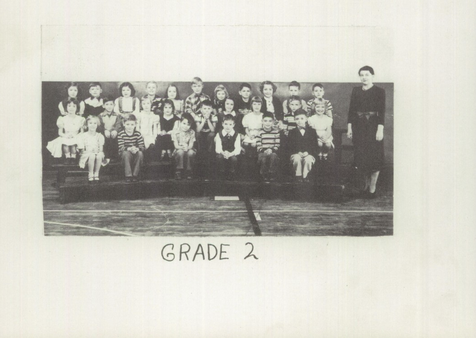 Womelsdorf Yearbook 1951 2nd Grade Bashores.png