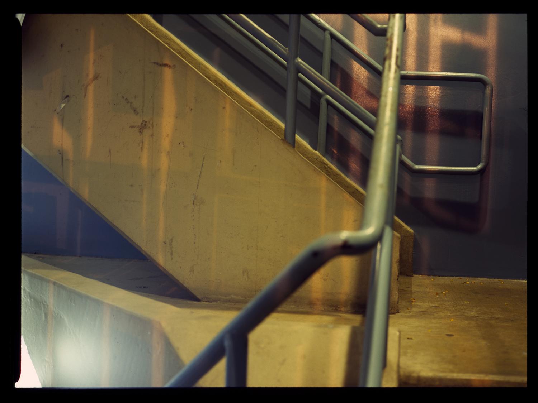 2009.10.14_stairwell3bV1R.jpg
