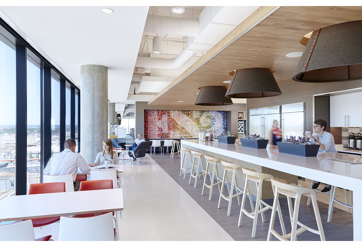 ESA1515_Gulch_Plaza_Kitchen_01_V2.jpg