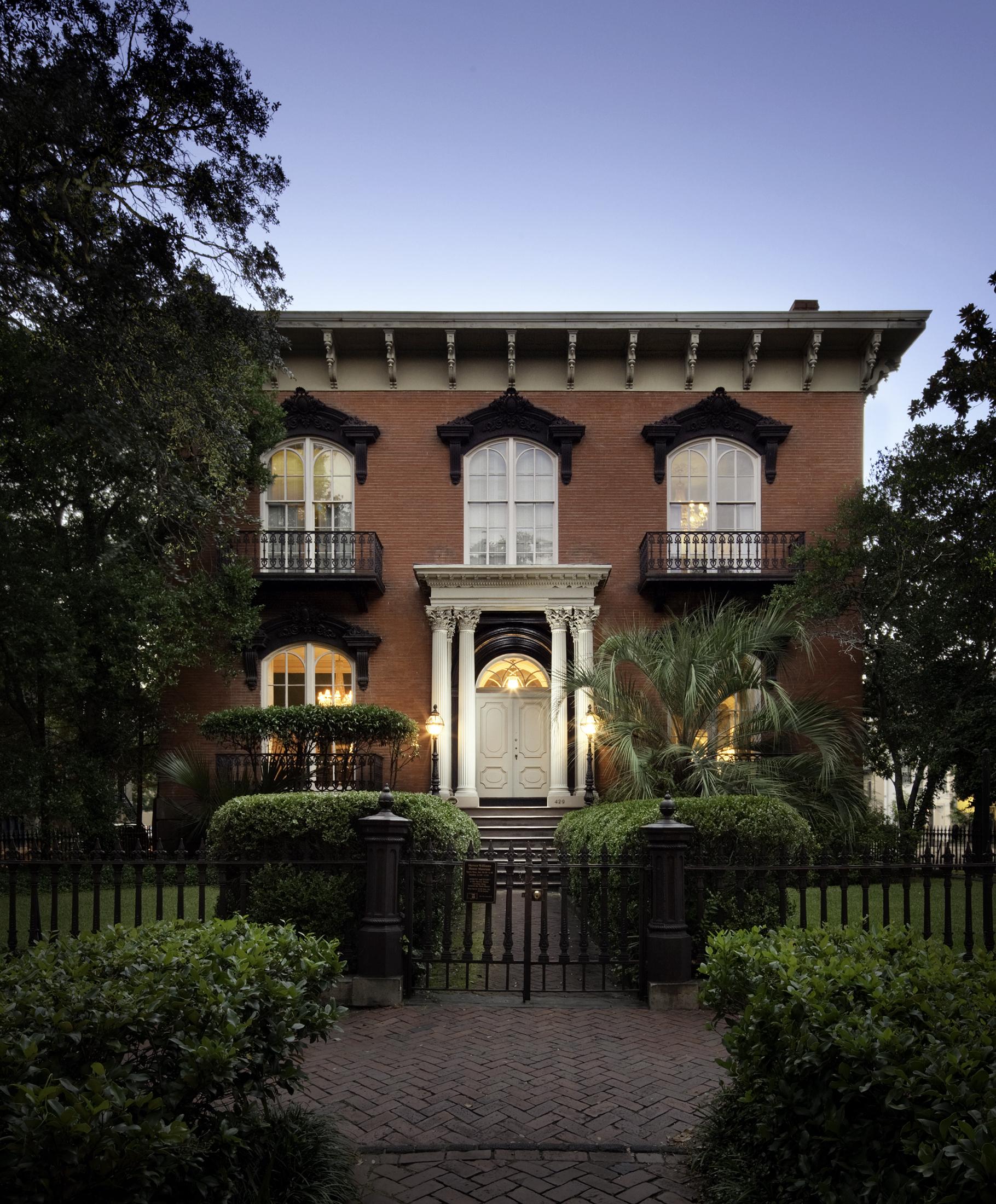 The Mercer House  Savannah GA  John S. Norris   Back to Portfolios