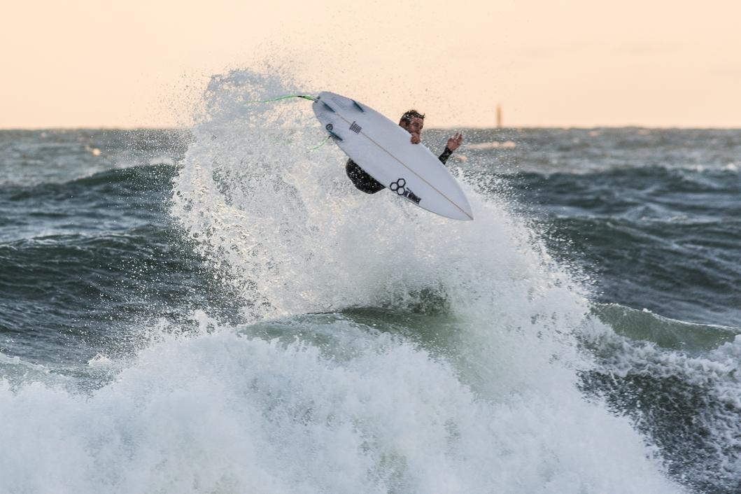 04 (Surfer: Chris Mailler, Hull, MA, October 2016, Nikon DSLR)