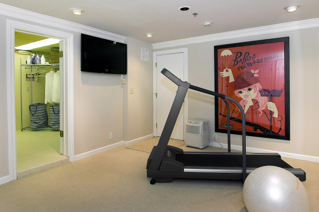 Private Gym at Asbury Heights Residence