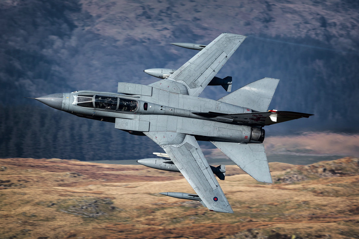 41(R) TES Squadron Tornado GR4 'Rebel 84' on a low level sortie in the NWMTA/Mach Loop.