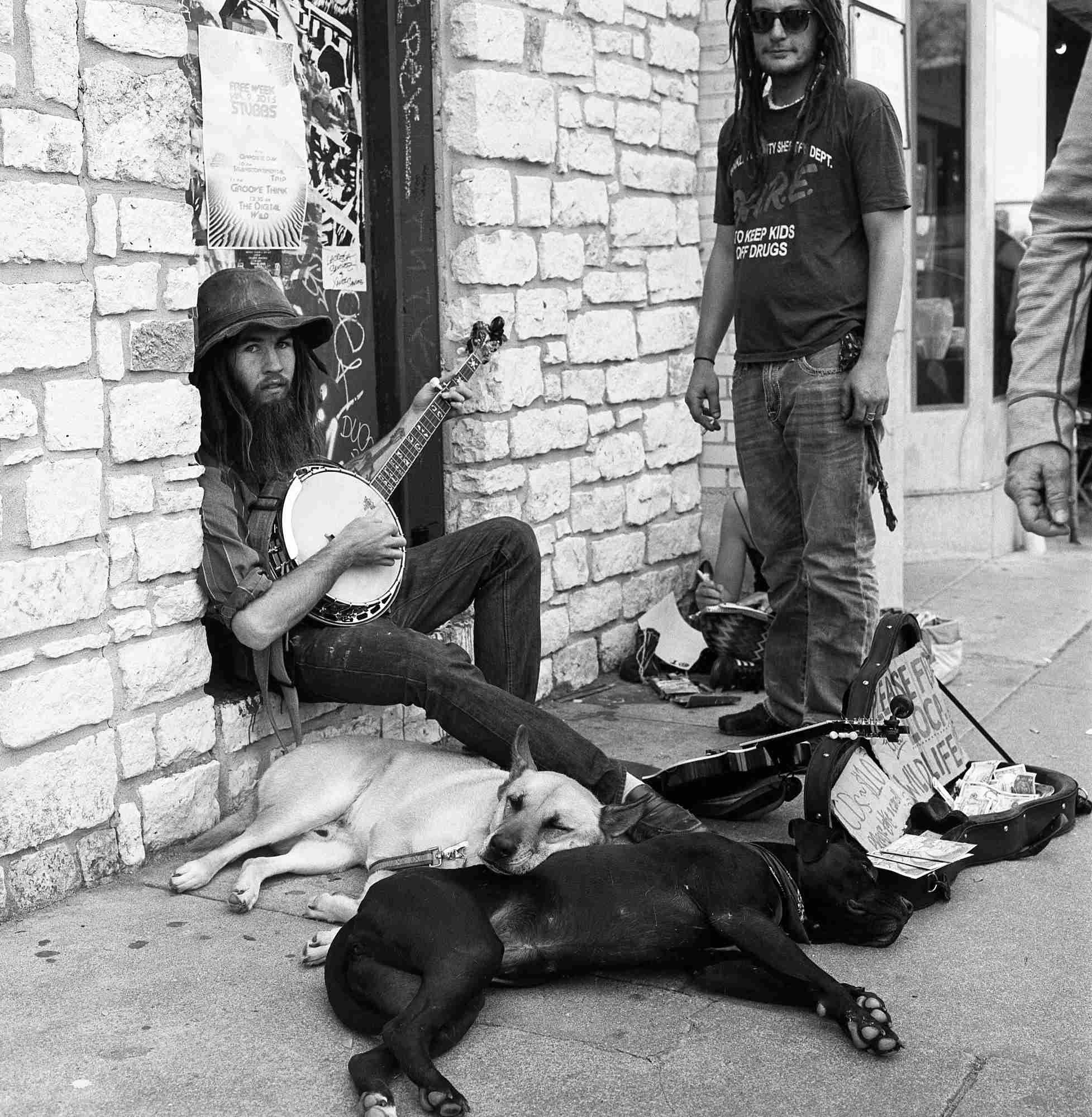 dudes with banjo & dogs (1 of 1).JPG