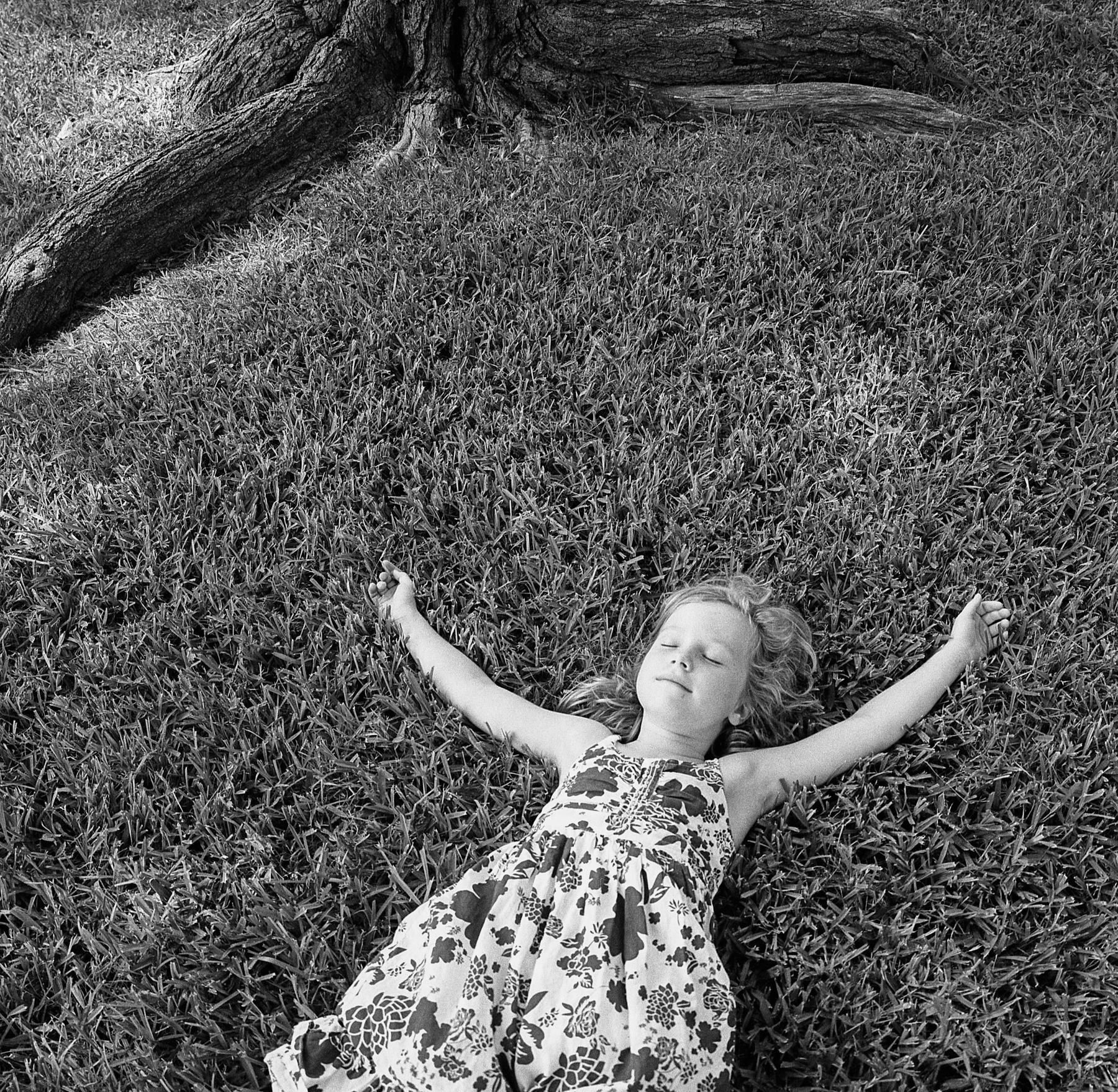 beautiful dreamer|hasselblad swc |kodak tri-x |amy jasek