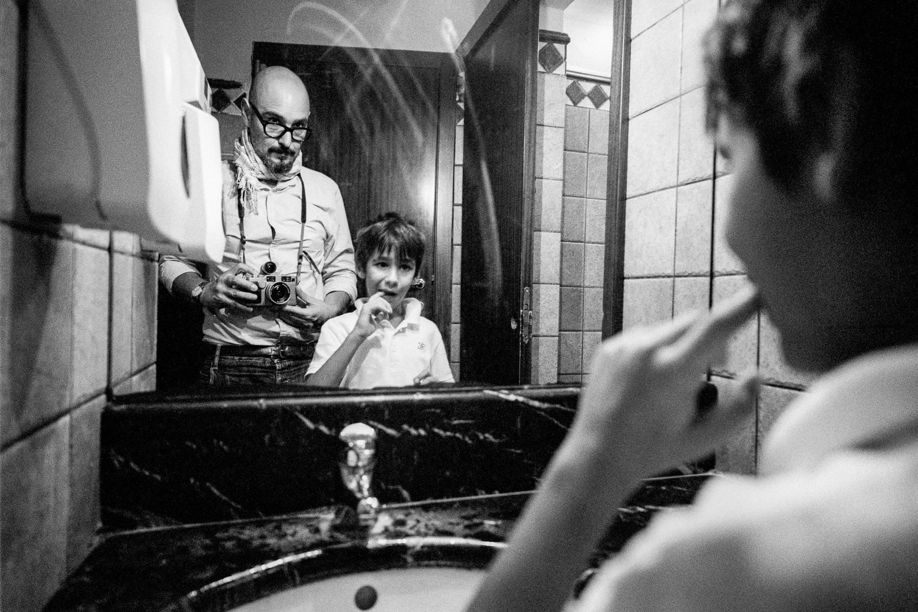 son and myself (checking teeth grow) | contax g2 21 mm | Agfa Apx 400 | Emanuele Bertoni