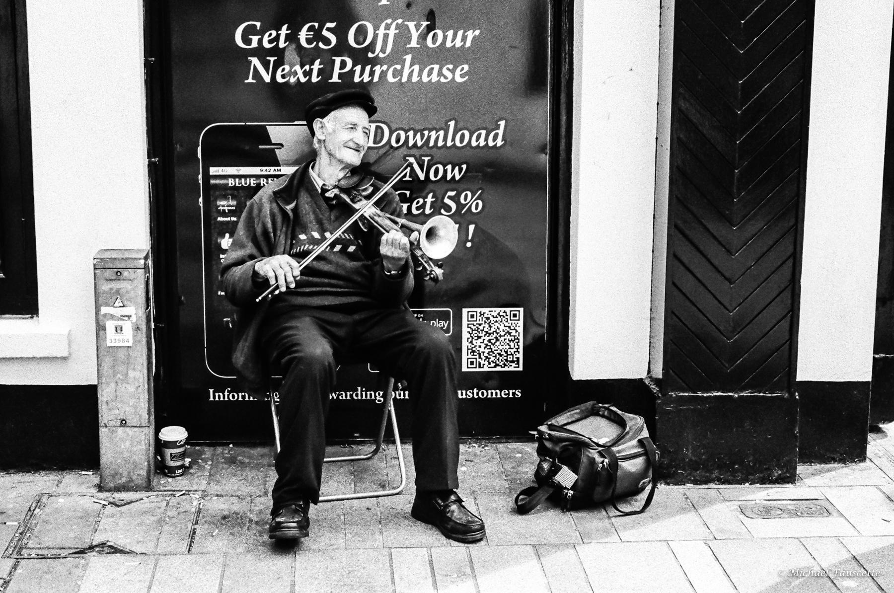 Music Speaks   LeicaMP + Summilux 50mm f/1.4   Michael Fauscette