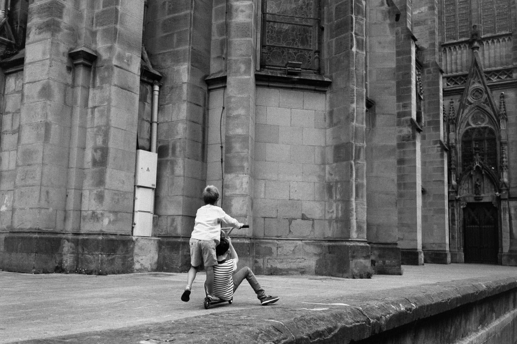to salvation | Leica M6 Zeiss 35mm 2.8 | lilly schwartz