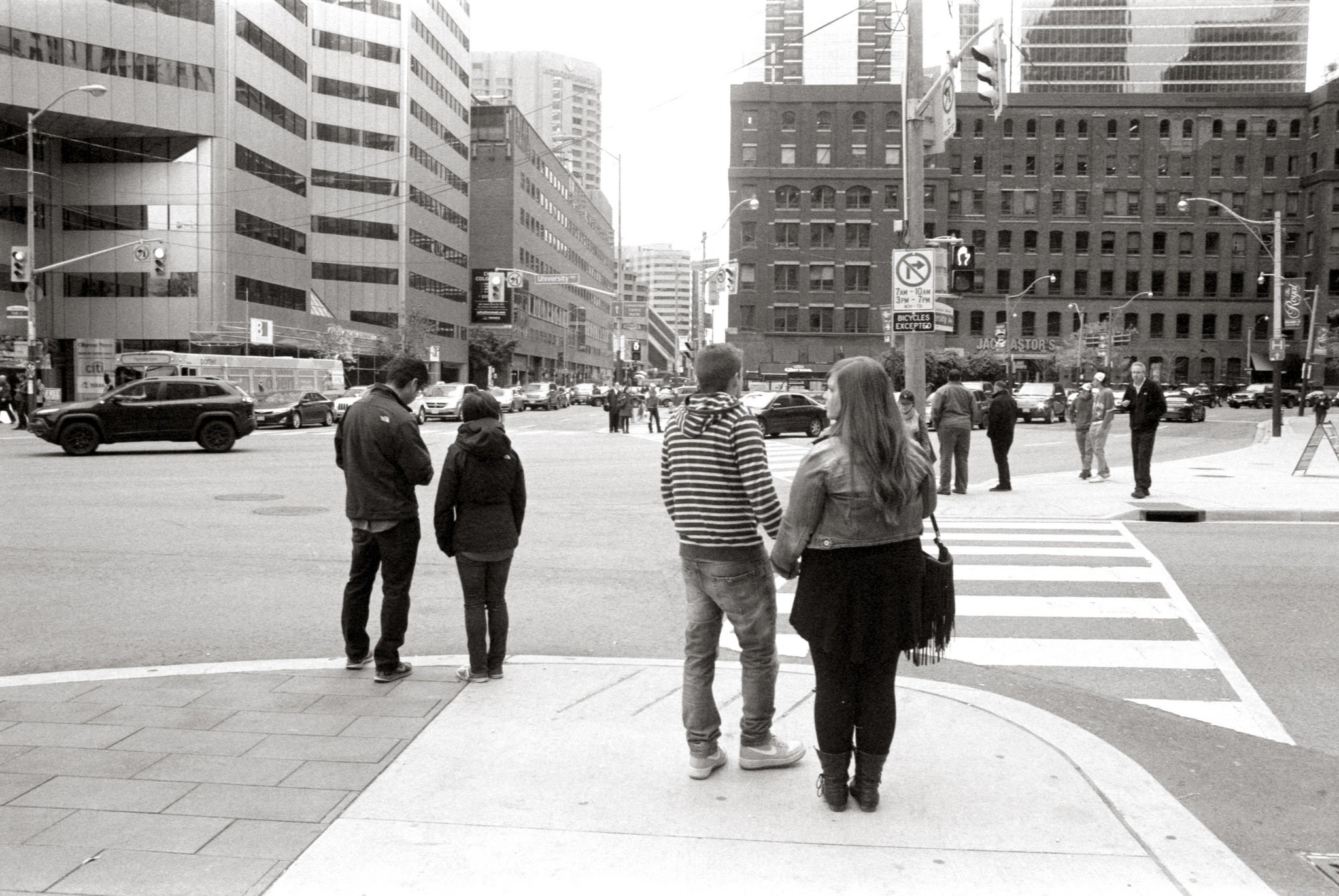 Waiting at York and Front St - Olympus OM-2n - Zuiko 28mm f/3.5 - Ilford HP5 400 - HC110(B)