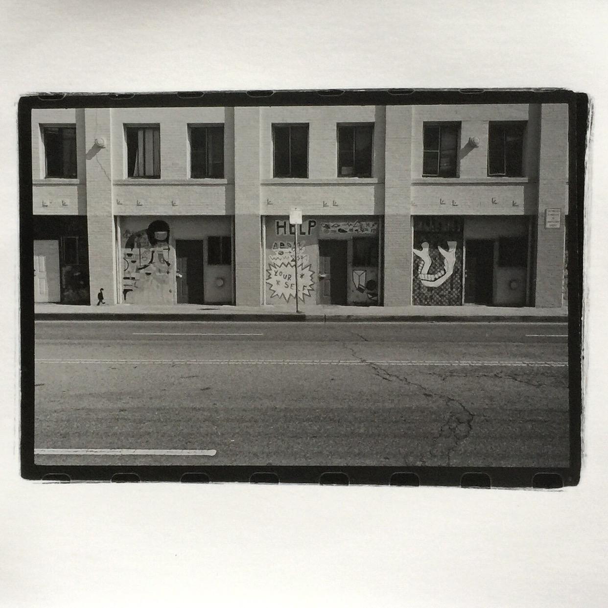 Venice California 2016 | Leica M2 | 35mm Summaron | Tri-X | Silver Print | PeterKarnig