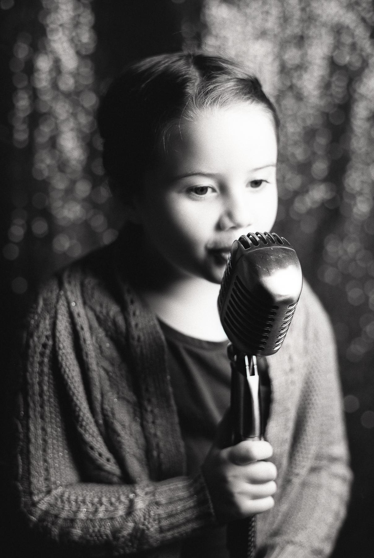 Ruby Berry   Songbird   Mamiya 645 ProTL   Rollei Retro 80S
