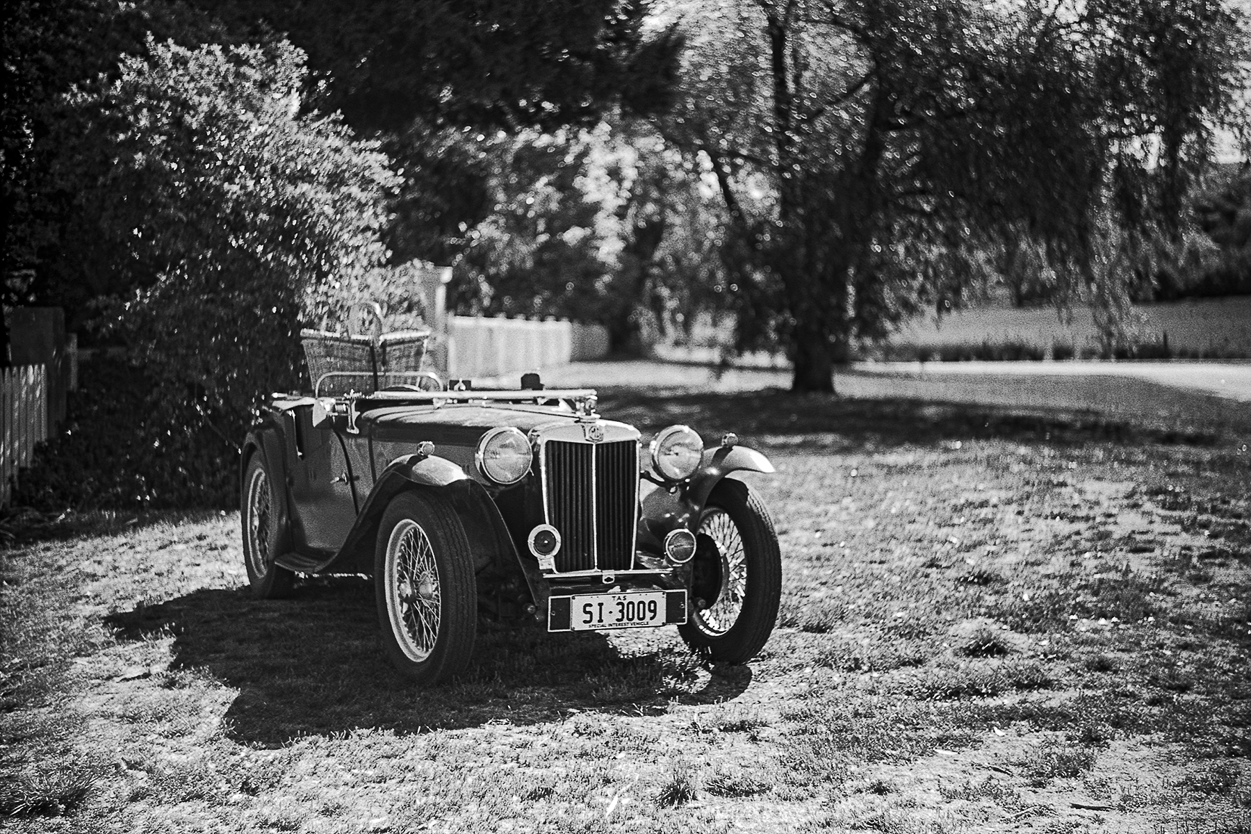 MG TC | Zeiss Ikon Icarex 35 CS | Brett Rogers